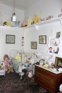childs-room